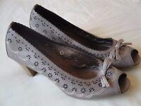 Ladies Shoes - Marco Tozzi - Size 6