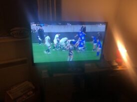 LG 42 in smart HD TV access netflix etc excellant condition £650 when bought