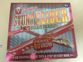 M&S Stunt glider