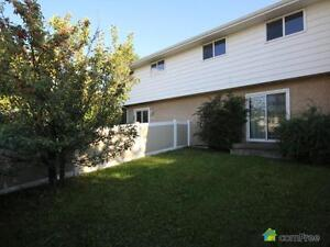 $250,000 - Townhouse for sale in Richfield Edmonton Edmonton Area image 1