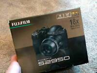 Fujifilm fine pix S2950 digital camera