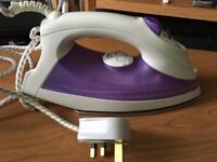 Steam iron good condition