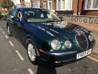 Jaguar s type 2.5 v6 exclusive low milage facelift on 2003 reg