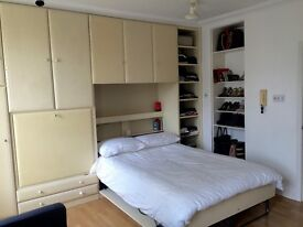Great 1 bedroom flat in exciting Camden, NW1. Available 1 April (£250/week)