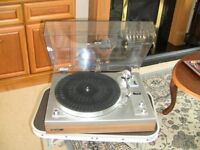 GARRARD GT-25P RECORD DECK, SILVER AND TEAK FINISH. WITH SHURE CARTRIDGE.