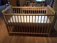Baby cot with mattress. Crib for baby.