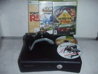 XBOX 360 MODEL 1439 & 5 GAMES