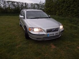 VOLVO V70 2.0 SE T WHITE LEATHER INTERIOR 2 OWNERS 5SPEED AUTO GEARBOX PETROL