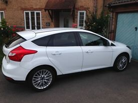 2012 white Ford Focus Eco boost 1.0 with Bluetooth, air con & parking sensors
