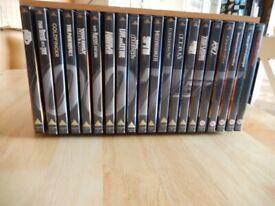 James Bond Special Edition 20 film set in wooden case