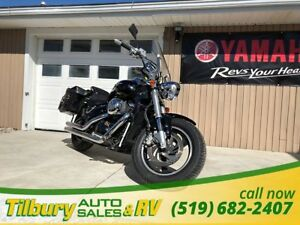 2006 Suzuki Boulevard WITH SADDLE BAGS