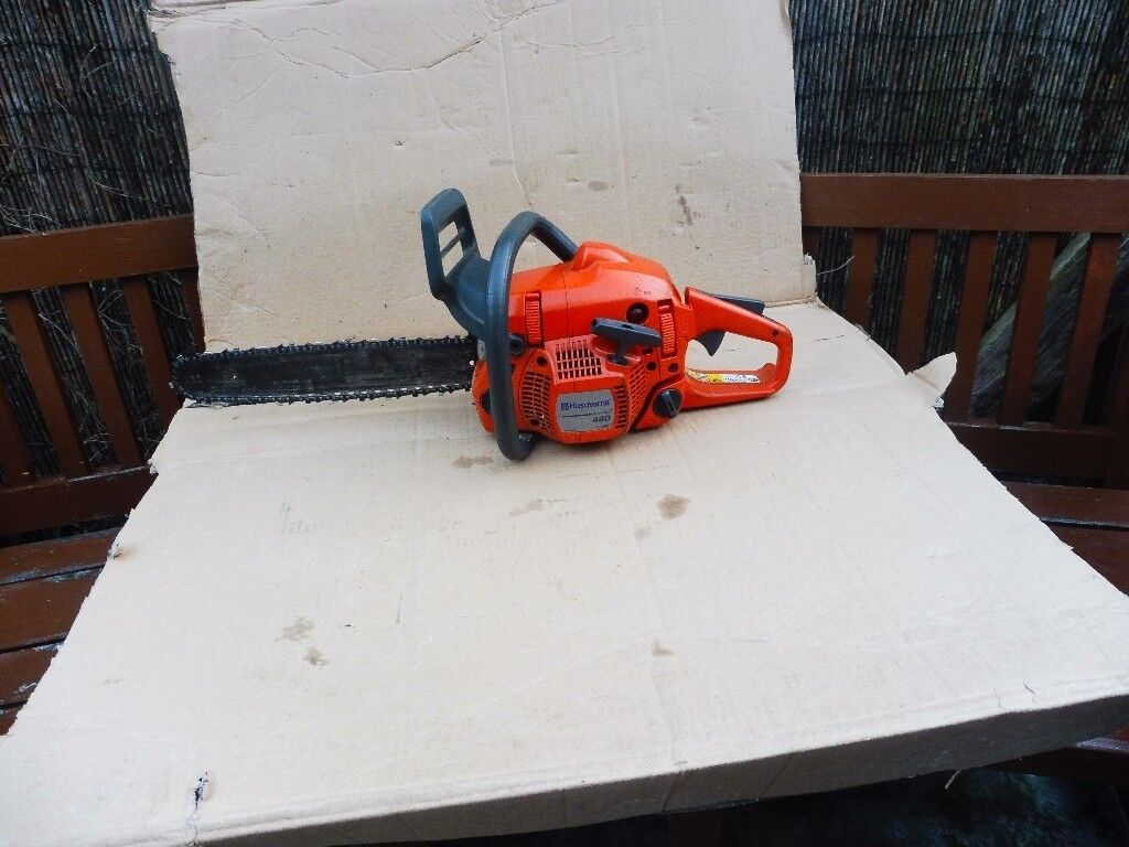 HUSQVARNA 440 X TORQUE CHAINSAW WITH TOOLESS CHAIN ADJUSTER
