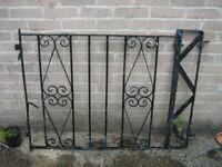 NICE WROUGHT IRON GATE (123 CM x 88 CM)