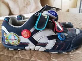 Boys crocs trainers