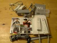 Wii + 2 Controllers + leads