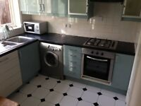 Large 4 Bed House: Kilburn Station. Must see. 2 Bath. Suit Sharers. NW2