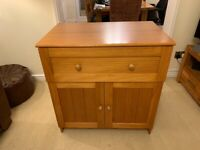 Side board / chest of drawers