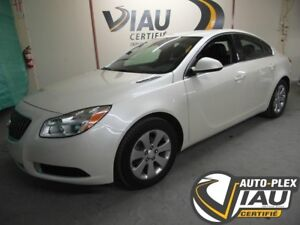 2012 Buick  Regal CUIR ** IMPECCABLE ** JAMAIS ACCIDENTÉ