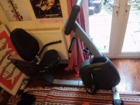 Horizon (comfort 408) Electronic Recumbent Exercise Bike. Working Heart rate monitor