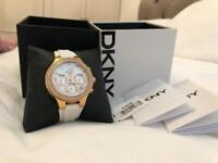 DKNY WOMENS WATCH GENUINE BOXED ROSE GOLD/ WHITE