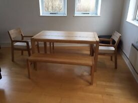 Quality Oak Dining table and chairs, Seats 6, Excellent condition
