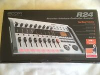 Zoom R24 Multitrack Digital Recorder, Audio Interface, MIDI Controller and Sampler BOXED+COMPLETE