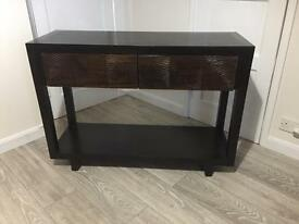 Console table (Puji)