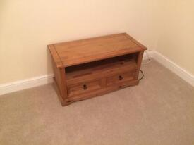 Immaculate solid wooden oak vintage tv stand