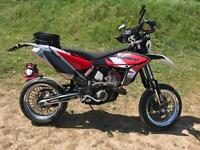 Super moto motorcycle beast