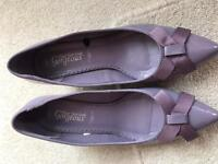 Size 7 1/2 shoes for sale in purple