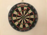 Winmau Diamond Plus Dartboard +Darts (pick up only)