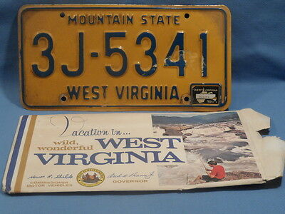"1974 West Virginia Auto License Plate ""Mountain State"" GOOD CONDITION 3J-5341"