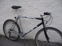Carrera Vulcan -Large- mountain bike MTB - ready to ride - central Oxford