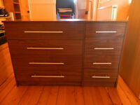 Chest of Drawers with 8 drawers