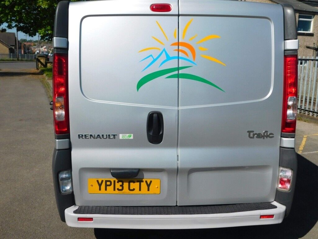 2013 Renault Trafic Lwb Campervan With Drive Away Awning