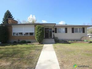 $445,000 - Bungalow for sale in Dovercourt