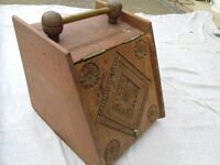 Coal or kindling lid container