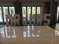 Mr&Mrs & Love 4 ft wedding standing signs mr and mrs sign love sign wedding prty