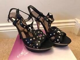 Size 3 sandals