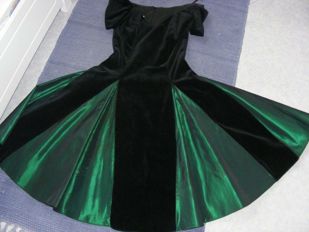 fdc352d8f3a6f Vintage Velvet & Taffeta Dress Ladies Size 6.. | in Plymouth, Devon ...