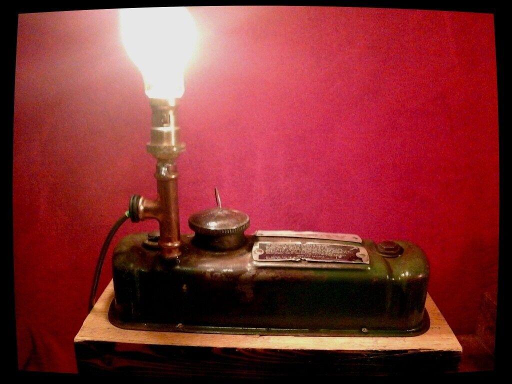 Mini rocker cover lamp