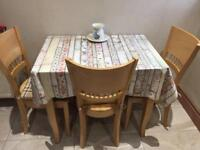 Small/medium kitchen table and 4 chairs