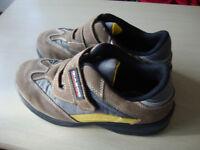 Giasco non metalic safety trainer shoes size8/42