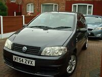 Fiat Punto active sport 1.2cc 2005 3 dr recent new parts include clutch,brake discs and pads