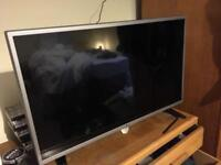 "LED TV LG 32"" LIKE NEW - Boxed"