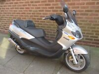 piaggio x9 125 running big moped runs and rides fine