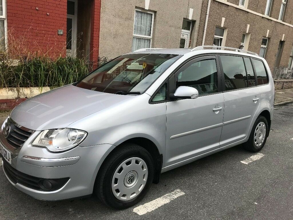 volkswagen touran 2 0 tdi sport 7 seat 5dr automatic full service history 2 keys in roath. Black Bedroom Furniture Sets. Home Design Ideas