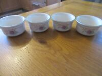 Set of 4 Small Ceramic Bowls/Ramekins