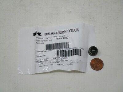 OEM Kawasaki 92049-7001 Oil Seal John DeereM138389 13HP 15HP 17HP 23HP 13 Hp Propane Engine