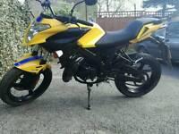 Malaguti drakon 50 cc motorcycle. (zip 50,aprilia, gilera, scooter, 125,vespa)